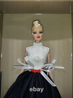 Integrity Toys Fashion Royalty Air Apparent Veronique Perrin 2011 Jet Set NRFB