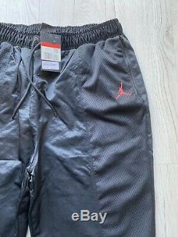 Nike Air Jordan Wings Mens Tracksuit Set Top And Bottoms Brand New Size Large