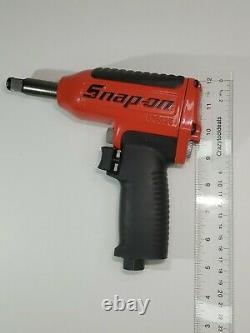 Snap On Tools 1/2 Drive Air Impact Wrench with Flip Socket Set (Red) MG3255L98